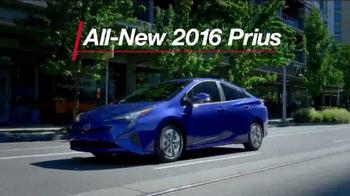 2016 Toyota Prius TV Spot, 'Striking Exterior' - Thumbnail 6