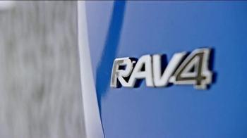 2016 Toyota RAV4 Hybrid TV Spot, 'All in One' - Thumbnail 5