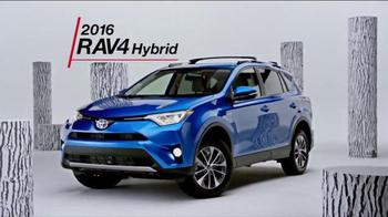 2016 Toyota RAV4 Hybrid TV Spot, 'All in One' - Thumbnail 6