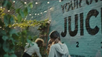 Chase Ink Business Plus TV Spot, 'Squeezed Online Made Juice' - Thumbnail 7