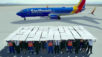 Southwest Airlines TV Spot, 'Olé, Olé' [Spanish] - Thumbnail 2