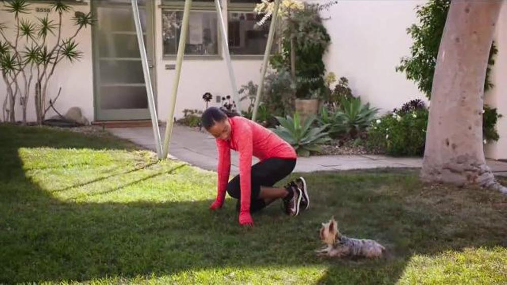 Bounty TV Commercial, 'Puppy' Featuring Allyson Felix