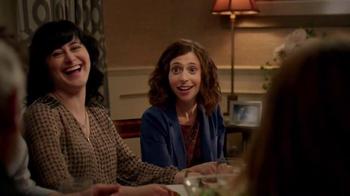 Hulu TV Spot, 'Seinfeld: Family Dinner' - Thumbnail 4
