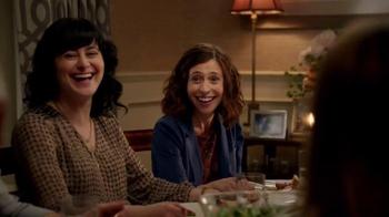 Hulu TV Spot, 'Seinfeld: Family Dinner' - Thumbnail 5