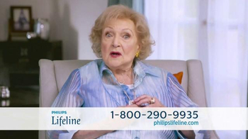 Philips Lifeline TV Spot, 'Live With Confidence' Featuring Betty White - Thumbnail 8