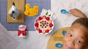 Yoplait TV Spot, 'Snack Hacking: Strawberry' - Thumbnail 6