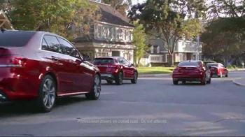 Mercedes-Benz Summer Event TV Spot, 'Kiss the Cook' [T1] - Thumbnail 7