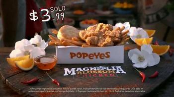 Popeyes Magnolia Blossom Chicken TV Spot, 'El verano' [Spanish] - Thumbnail 10