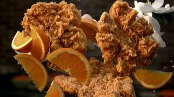 Popeyes Magnolia Blossom Chicken TV Spot, 'El verano' [Spanish] - Thumbnail 8