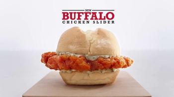 Arby's Buffalo Chicken Slider TV Spot, 'Favorite Sports Bar' - Thumbnail 5