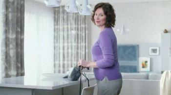 Always Discreet TV Spot, 'Absorbent Core' - Thumbnail 9