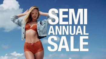 Victoria's Secret Semi-Annual Sale TV Spot, 'Be There' - Thumbnail 7