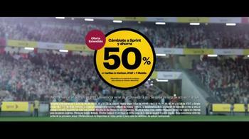 Sprint TV Spot, '¡Que cominese el partido!' con David Beckham [Spanish] - Thumbnail 7