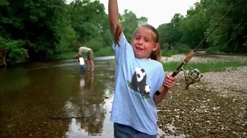 Bass Pro Shops Father's Day Sale TV Spot, 'Cargo Shorts and Fish Fryer' - Thumbnail 2