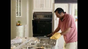 Adoption From Foster Care TV Spot, 'Papá hace las galletas' [Spanish] - Thumbnail 7