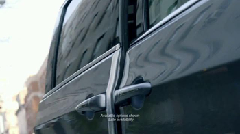2017 Chrysler Pacifica TV Spot, 'Headbanger' Featuring Seth Meyers - Thumbnail 2