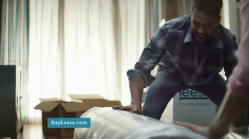 Leesa Mattress TV Spot, 'Dangerously Comfortable' - Thumbnail 4