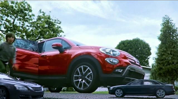 2016 FIAT 500X TV Spot, 'Room for Five' Song by Fitz and The Tantrums - Thumbnail 4