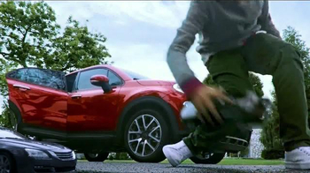 2016 FIAT 500X TV Spot, 'Room for Five' Song by Fitz and The Tantrums - Thumbnail 5