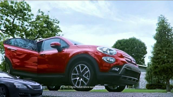 2016 FIAT 500X TV Spot, 'Room for Five' Song by Fitz and The Tantrums - Thumbnail 7