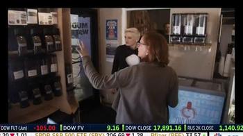 Deluxe TV Spot, 'Main Street Revival' Featuring Robert Herjavec - Thumbnail 4