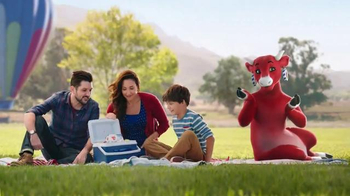 The Laughing Cow Cheese Dippers TV Spot, 'Hot Air Balloon' - Thumbnail 4