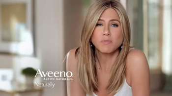 Aveeno Positively Radiant TV Spot, 'The Bright Side' Feat. Jennifer Aniston - Thumbnail 8