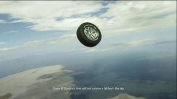 BFGoodrich All-Terrain T/A KO2 TV Spot, 'Takes On Gravity' - Thumbnail 4