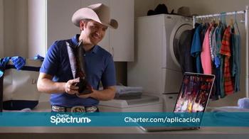 Charter Spectrum TV TV Spot, 'Sombrero y aplicación' con El Dasa [Spanish] - Thumbnail 5