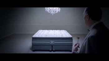 Beautyrest Black TV Spot, 'Dream in Black: Suite' Featuring Tom Brady - Thumbnail 8