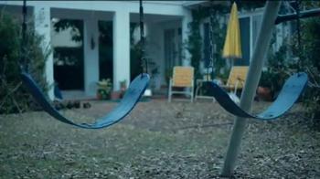 The Home Depot TV Spot, 'Patio trasero: antes y después' [Spanish] - Thumbnail 1