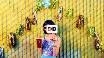 Dunkin' Donuts Iced Tea TV Spot, 'Refresh Girl' - Thumbnail 1