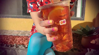 Dunkin' Donuts Iced Tea TV Spot, 'Refresh Girl' - Thumbnail 7