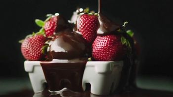 Tillamook Chocolate Covered Strawberry Farmstyle Gelato TV Spot, 'Go'