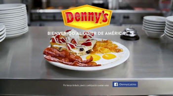 Denny's TV Spot, 'Independence Day: Resurgence: Shadows Hispanic' [Spanish] - Thumbnail 9