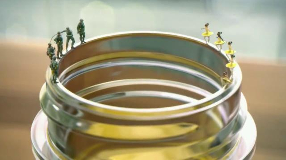 Pine Sol TV Commercial, 'Soldierina'