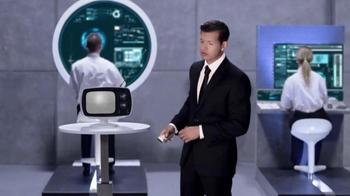Compare.com TV Spot, 'Agent Compare: Saving Humanity' [Spanish] - Thumbnail 3