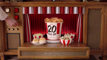 KFC $20 Fill Up TV Spot, 'Modern Mothers' - Thumbnail 3