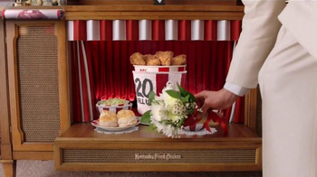 KFC $20 Fill Up TV Spot, 'Modern Mothers' - Thumbnail 6