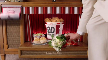 KFC $20 Fill Up TV Spot, 'Modern Mothers' - Thumbnail 7