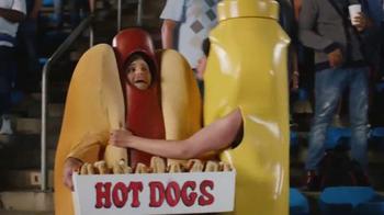 Heinz Mustard TV Spot, 'Kiss Cam' - Thumbnail 7