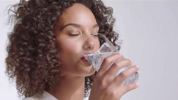 Aquafina Sparkling TV Spot, 'Refreshing Experience' - Thumbnail 4