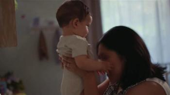 JCPenney Venta del Día de las Madres TV Spot, 'Ropa para las Madres' - Thumbnail 1