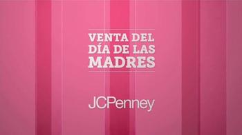 JCPenney Venta del Día de las Madres TV Spot, 'Ropa para las Madres' - Thumbnail 2