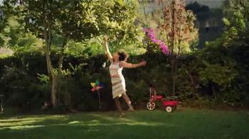 JCPenney Venta del Día de las Madres TV Spot, 'Ropa para las Madres' - Thumbnail 4