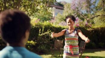 JCPenney Venta del Día de las Madres TV Spot, 'Ropa para las Madres' - Thumbnail 9