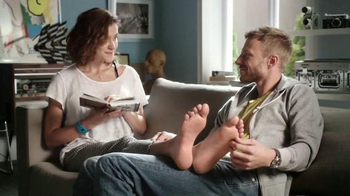 Amopé Pedi Perfect Wet & Dry TV Spot, 'Product of the Year' - Thumbnail 9