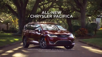 2017 Chrysler Pacifica TV Spot, 'Tennis: Lazy Culture' Feat. Jim Gaffigan - Thumbnail 8