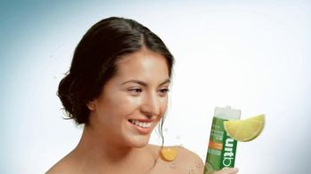 Zest Fruitboost Revitalizing Shower Gels TV Spot, 'Vitamin C'