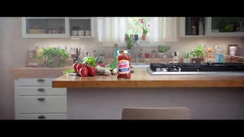Ragù Homestyle Thick & Hearty TV Spot, 'Salsa con tradición' [Spanish] - Thumbnail 1